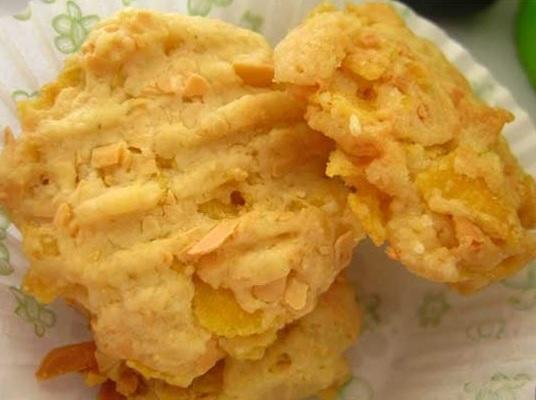 kue kering cornflake keju